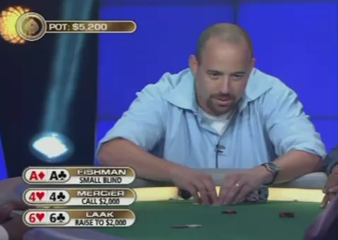 [Video] Folda i due assi pre-flop e…